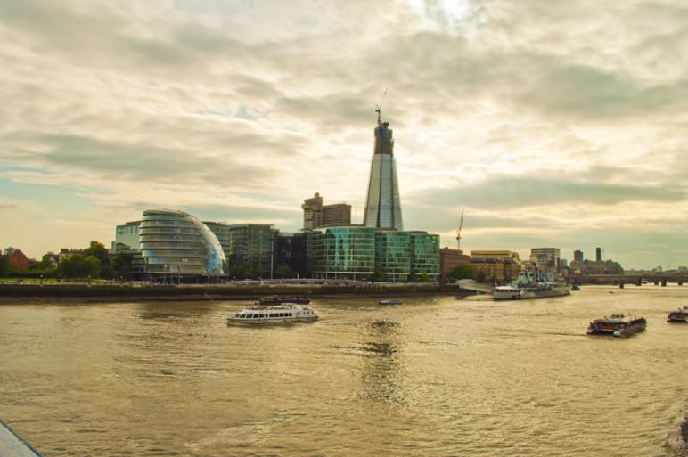 foto outdoor Londra, dal Tamigi